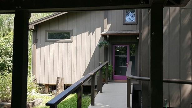 Single Family OnSite Blt, Contemporary - Newton, KS (photo 5)