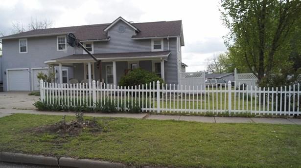 Single Family OnSite Blt, Traditional - Winfield, KS