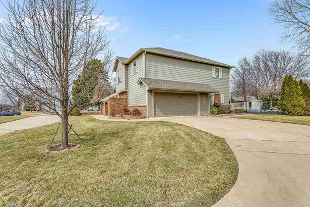 Single Family OnSite Blt, Other/See Remarks - Wichita, KS (photo 2)