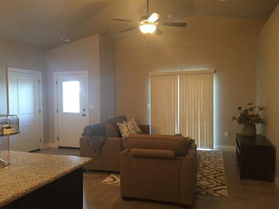Twin/Duplex, Side By Side - Wichita, KS (photo 3)