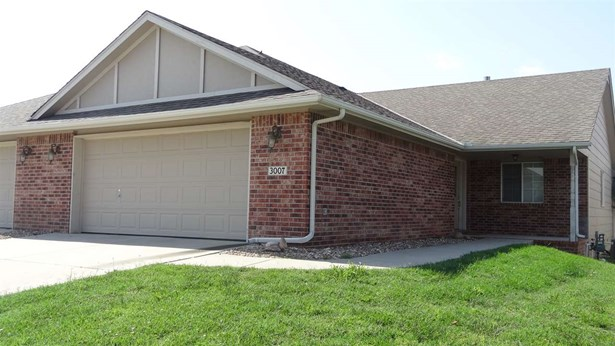 Twin/Duplex, Other - Newton, KS (photo 1)