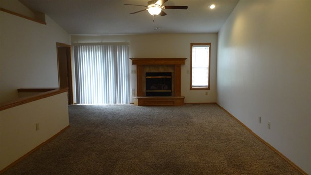 Twin/Duplex, Other - Newton, KS (photo 5)