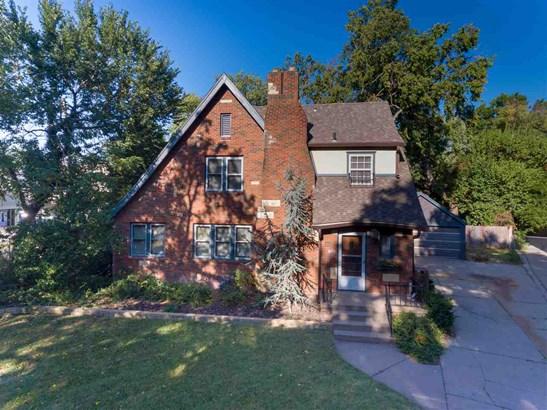 Single Family OnSite Blt, Traditional,Tudor - Wichita, KS (photo 2)