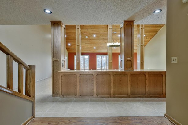 Contemporary,Other/See Remarks, Single Family OnSite Blt - Wichita, KS (photo 2)
