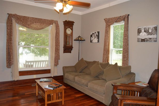 Single Family OnSite Blt, Traditional - Clearwater, KS (photo 3)