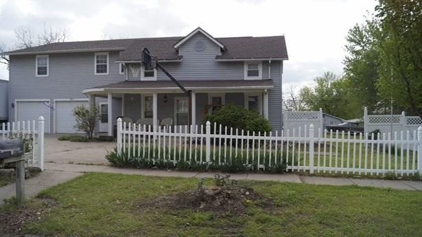 Single Family OnSite Blt, Traditional - Winfield, KS (photo 2)