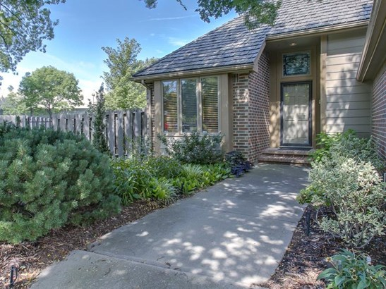 Traditional, Patio/Garden Home - Wichita, KS (photo 2)