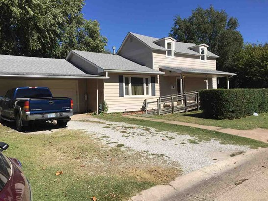 Single Family OnSite Blt, Other/See Remarks - Wellington, KS (photo 1)