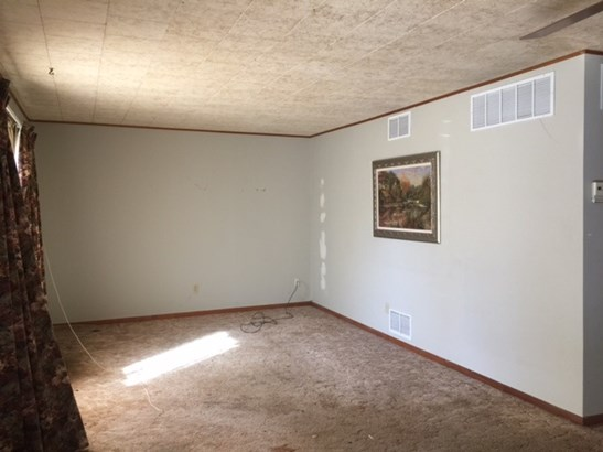Single Family OnSite Blt, Other/See Remarks - Wellington, KS (photo 4)