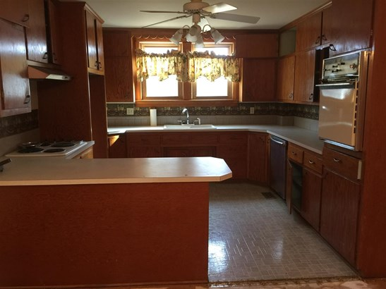 Single Family OnSite Blt, Other/See Remarks - Wellington, KS (photo 5)