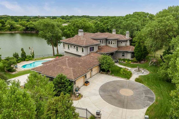 Single Family OnSite Blt, Other/See Remarks,Traditional - Wichita, KS