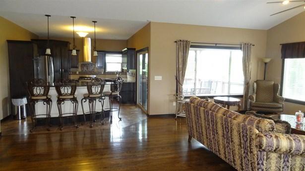Single Family OnSite Blt, Contemporary,Ranch - Newton, KS (photo 5)