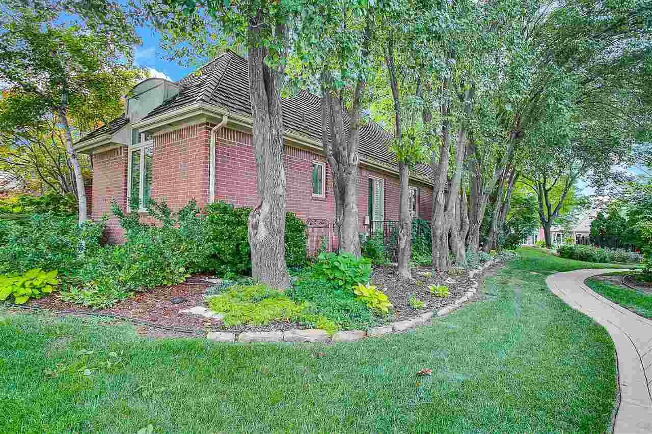 Ranch,Traditional, Patio/Garden Home - Wichita, KS (photo 2)
