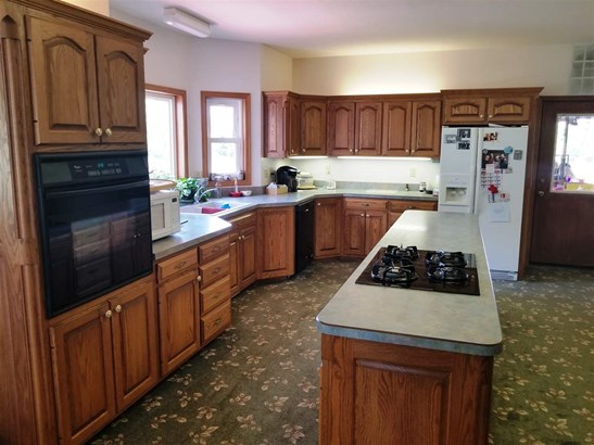 Contemporary,Other/See Remarks, Single Family OnSite Blt - Hesston, KS (photo 2)