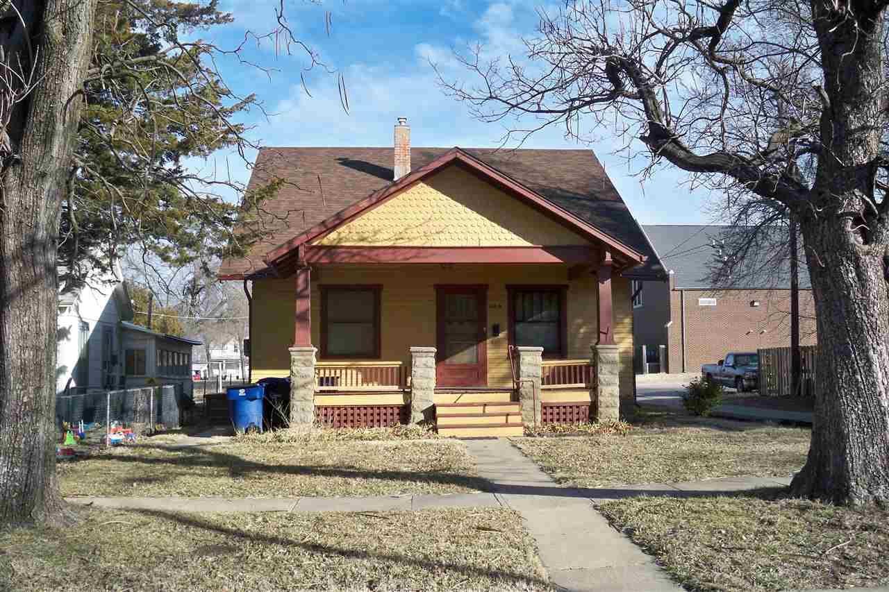 Converted House, Triplex - Newton, KS (photo 1)