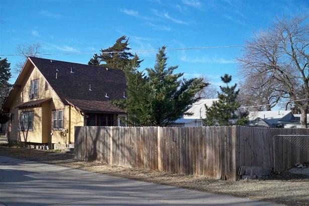 Converted House, Triplex - Newton, KS (photo 2)