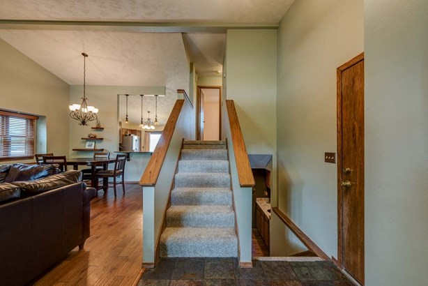 Single Family OnSite Blt, Traditional - Bel Aire, KS (photo 4)