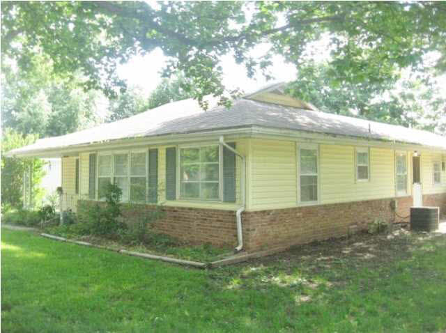Single Family OnSite Blt, Ranch - Winfield, KS (photo 3)