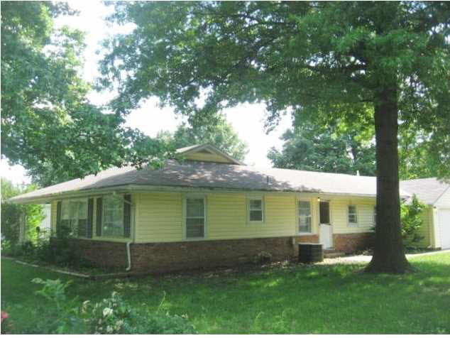 Single Family OnSite Blt, Ranch - Winfield, KS (photo 4)