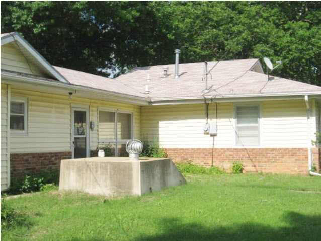 Single Family OnSite Blt, Ranch - Winfield, KS (photo 5)