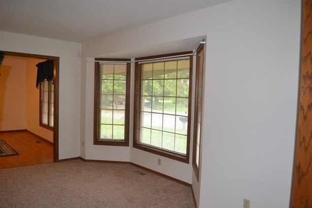 Single Family OnSite Blt, Traditional - Wichita, KS (photo 4)