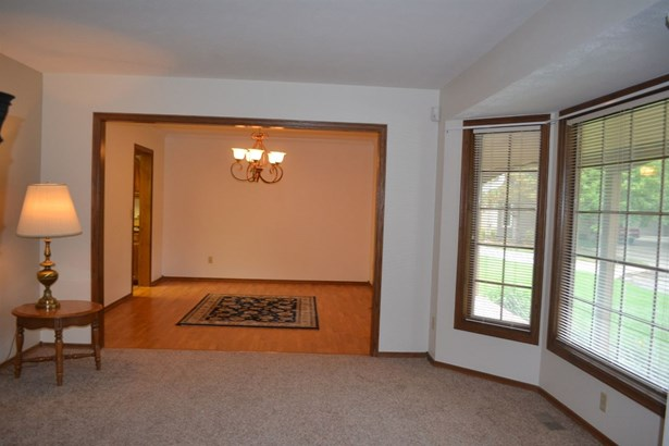 Single Family OnSite Blt, Traditional - Wichita, KS (photo 5)