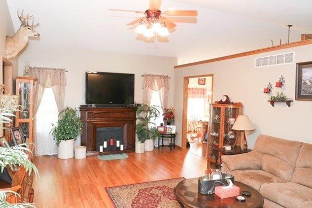 Single Family OnSite Blt, Ranch - Haysville, KS (photo 5)