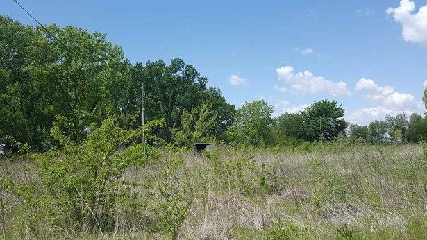 Vacant Lot - Belle Plaine, KS (photo 2)