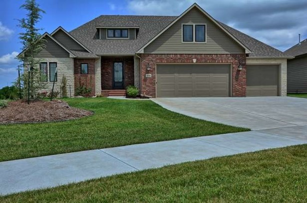 Single Family OnSite Blt, Contemporary - Bel Aire, KS (photo 3)