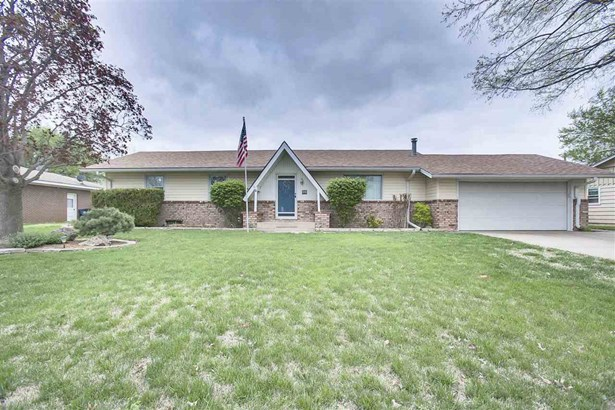 Single Family OnSite Blt, Ranch - Colwich, KS (photo 2)