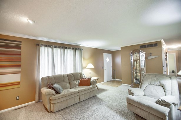 Single Family OnSite Blt, Ranch - Colwich, KS (photo 4)