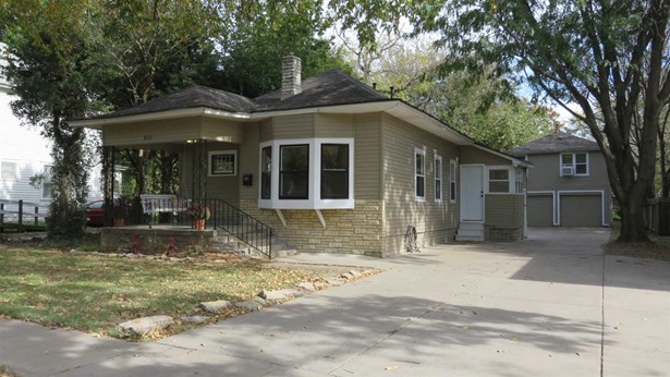 Single Family OnSite Blt, Bungalow,Traditional - Wichita, KS (photo 1)