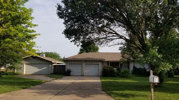 Single Family OnSite Blt, Ranch - Mulvane, KS (photo 3)
