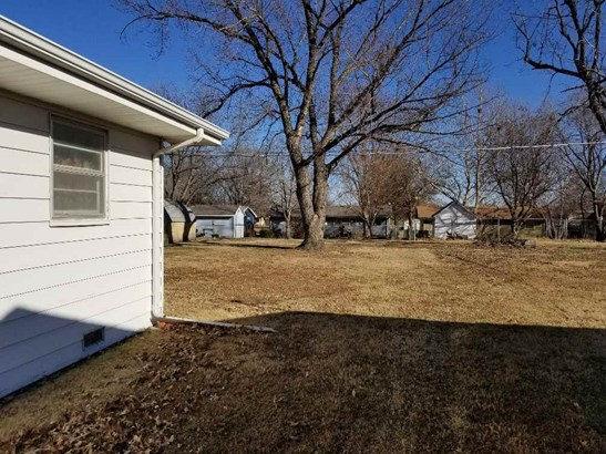 Single Family OnSite Blt, Ranch - Belle Plaine, KS (photo 3)