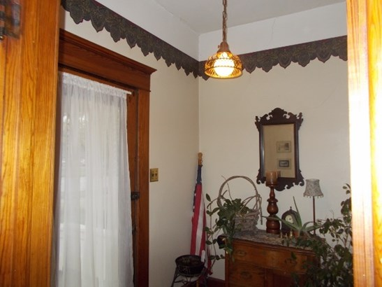 Single Family OnSite Blt, Other/See Remarks - Winfield, KS (photo 2)