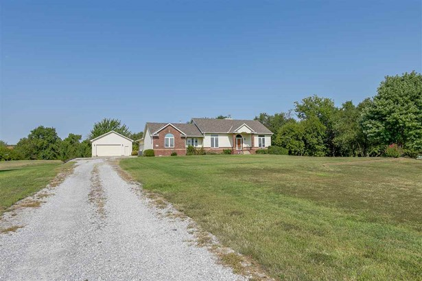 Single Family OnSite Blt, Ranch - Clearwater, KS (photo 1)