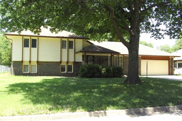 Single Family OnSite Blt, Other/See Remarks - Wichita, KS (photo 1)