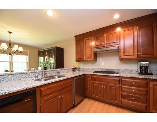 49 Hillview Ln, Northbridge, MA - USA (photo 1)