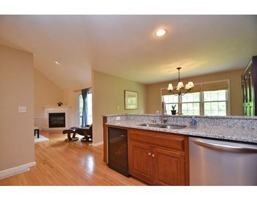 49 Hillview Ln, Northbridge, MA - USA (photo 2)