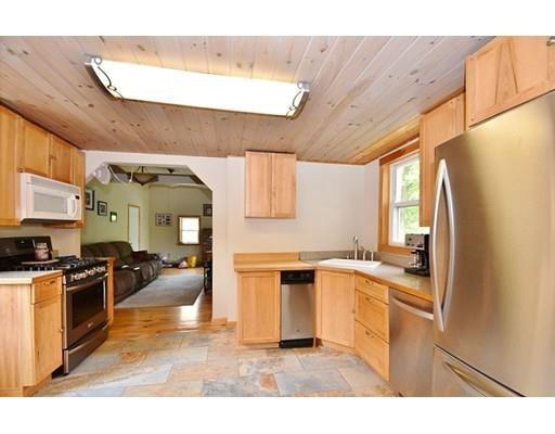 25 Lovewell St, Gardner, MA - USA (photo 2)