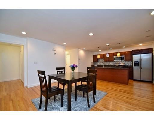128 Kenrick St, Boston, MA - USA (photo 4)