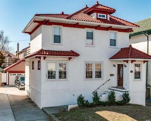Colonial, Multi-Family - Long Beach, NY (photo 1)