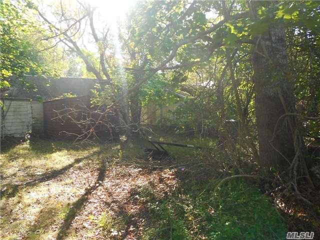 Residential, Cottage - Westhampton, NY (photo 3)