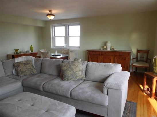 Co-Op, Residential - Long Beach, NY (photo 4)