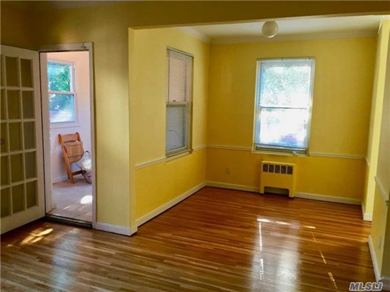 Co-Op, Rental Home - Lawrence, NY (photo 5)