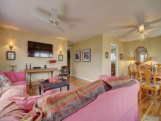Rental Home, Colonial - Atlantic Beach, NY (photo 4)
