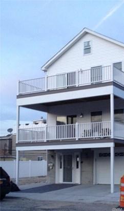 Rental Home, 2 Story - Long Beach, NY (photo 1)