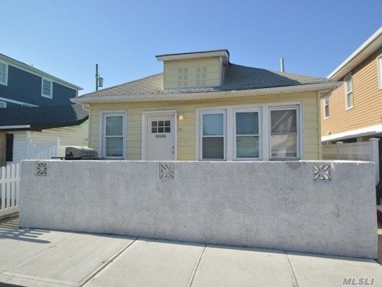 Residential, Bungalow - Long Beach, NY (photo 2)