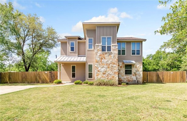 Contemporary,Traditional, Single Family - College Station, TX (photo 2)