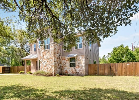 Contemporary,Traditional, Single Family - College Station, TX (photo 3)